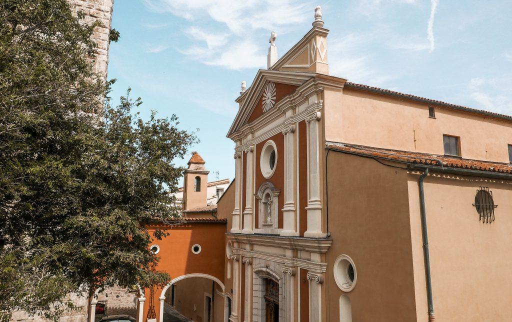Antibes Kościół