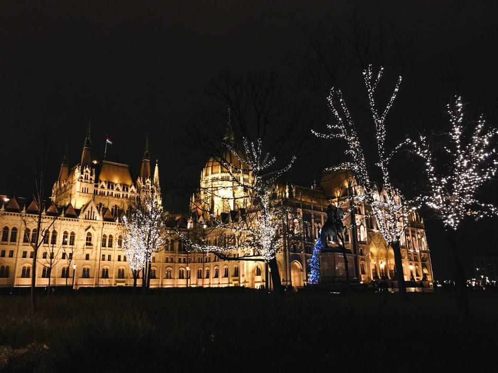 y Budapeszt - Parlament